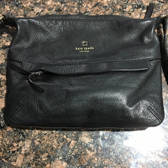 kate spade Handbags - Kate Spade Black leather crossbody bag